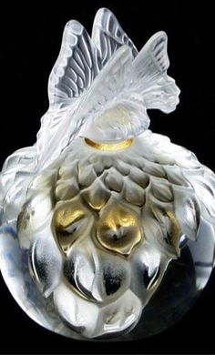 Lalique Perfume Bottle Follow FOSTERGINGER@ PINTEREST for more pins like this. NO PIN LIMITS. Thanks to my 22,000 Followers. Follow me on INSTAGRAM @ ART_TEXAS
