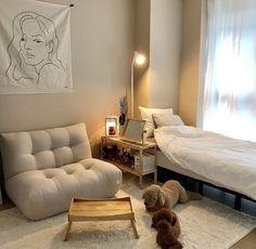 Room Ideas Bedroom, Home Bedroom, Bedroom Decor, Bedrooms, Bedroom Inspo, Minimalist Room, Minimalist Studio Apartment, Aesthetic Room Decor, Cozy Room