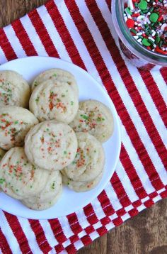 Vegan Sugar Cookies | 19 Delicious Holiday Cookies That Happen To Be Vegan