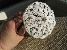 Instructions to make parasol but not in English - thank goodness for pictures.  You can figure it out.