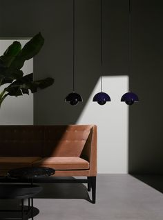 Flowerpot pendant by Verner Panton and Mayor sofa by Arne Jacobsen for &tradition.