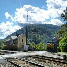 Outdoor recreation: keeping humans fit, fed and happy for thousands of years. Virginia Hill, Virginia Homes, Thurmond Wv, New River Gorge, Fayette County, Across The Border, Take Me Home, Towers, Trains