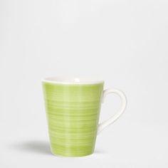 グリーン磁器マグ - マグカップ - テーブルウェア | Zara Home 日本