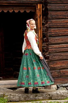 The wool damask skirt has a flower pattern and while the apron in the picture is made of black silk, a light printed cotton apron could also be used. Steve Mccurry, Folk Costume, Costumes, Central And Eastern Europe, Bridal Cape, Black Silk, Traditional Dresses, Norway, Scandinavian