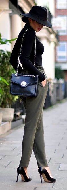 Khaki And Black Chic Style