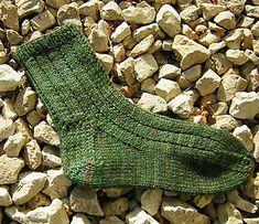 Basic socks free knitting pattern