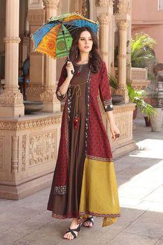 Fashion Hacks Scarf Muslin and chanderi mix kurti with jacket and superb detailing. Frock Fashion, Abaya Fashion, Ethnic Fashion, Indian Fashion, Fashion Dresses, Fashion Fashion, Womens Fashion, Fashion Jewelry, Pakistani Dresses