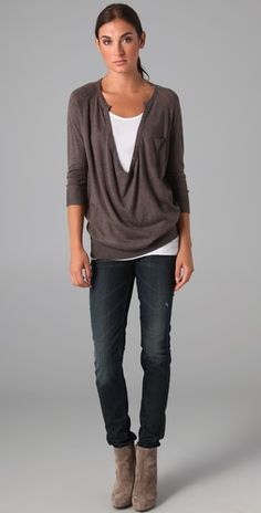 I like the casual look of this outfit. Love this sweater.