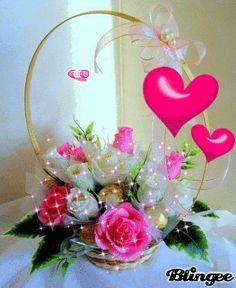 GIFS HERMOSOS: cositas encontrAdas en la web Love Heart Images, Rose Images, Flower Images, Beautiful Love Pictures, Beautiful Gif, Beautiful Roses, Flowers Gif, Love Flowers, Love Rose