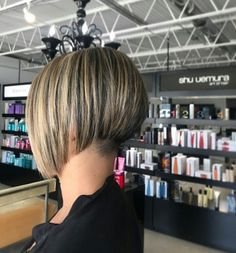 "135 Likes, 3 Comments - Women with short napes (@womenwithshortnapes) on Instagram: ""A bob and an undercut by @hairbykatchase, #bob #bobhaircut #bobhair #shortbob #shorthaircut…"""