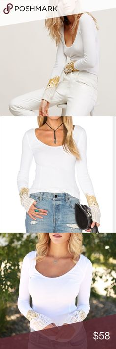 FREE PEOPLE Bandana Crochet Cuff Thermal XS EUC White color Awesome FP top Free People Tops Tees - Long Sleeve