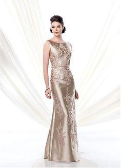 Elegant Satin Bateau Neckline Sheath Evening Dress with Beaded Appliques