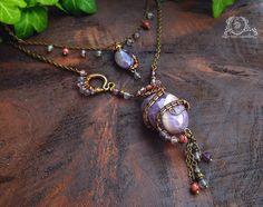 Collier wire wrapping double rangs, Améthyste, Fluorite, Rhodochrosite, serpent ~ Alliances éternelles ~ : Collier par atelier-bijoux-legendaires