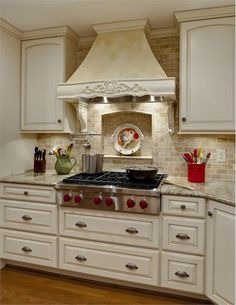 40 Gorgeous French Country Kitchen Design & Decor Ideas - Page 3 of 42 Country Kitchen Designs, French Country Kitchens, French Kitchen, Modern Kitchen Design, Kitchen Country, Kitchen Redo, New Kitchen, Kitchen Remodel, Kitchen Cabinets
