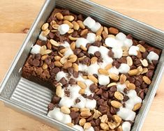 The road to yummy snacks is anything but rocky, with chewy brownies, mini marshmallows, chocolate chips, peanuts and a fudgy drizzle.