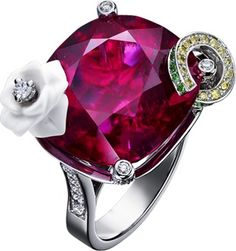 "Piaget Limelight ""Sweet Rose"" cocktail inspiration ring in 18K white gold set with 107 brilliant-cut diamonds (approx. 0.81 ct), 1 cushion-cut rubellite (approx. 26.48 ct), sculpted chalcedony, 14 yellow brilliant-cut diamonds (approx. 0.08 ct) and 22 brilliant-cut tsavorites (approx. 0.17 ct)."