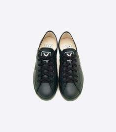 http://www.veja-store.com/1517/taua-leather-black-black.jpg