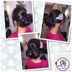 Upstyle Wedding Hairstyles, Ear, Fashion, Medium Wedding Hairstyles, Fashion Styles, Wedding Hair Half, Wedding Hair, Wedding Hair Down, Wedding Hair Styles