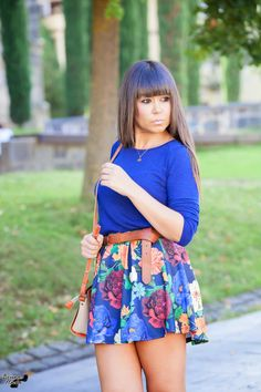 Rock Outfits, Short Outfits, Fashion Outfits, Womens Fashion, Summer Goddess, Girls In Mini Skirts, Flower Skirt, Special Girl, Pretty Woman