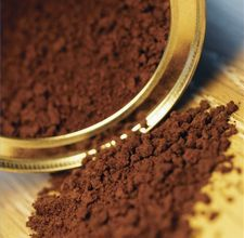 How to Dye Hair With Coffee, Tea or Spices