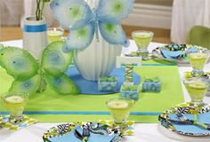 Inspiring pictures of Bridal Shower Decoration Ideas Homemade. You can use this Bridal Shower Decoration Ideas Homemade to upgrade your style. Butterfly Wedding Theme, Butterfly Party, Butterfly Table, Green Butterfly, Wedding Shower Decorations, Wedding Showers, Baby Showers, Easy Decorations, Church Decorations