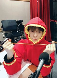 "[Humor] [Non-baku] [Harsh Words] ""Taeyong, mau ke lotte world gak? Jaehyun Nct, Winwin, Taeyong, Nct 127, Chanyeol, Valentines For Boys, Jung Jaehyun, Na Jaemin, Fandoms"