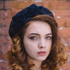 Navy blue wool felt beret hat with a navy velvet ribbon bow by Imogen's Imagination. With a timeless velvet ribbon bow, this is a classic design and great for wearing every day. Navy And Green, Navy And White, Navy Blue, Grands Arcs, Marine Francaise, French Beret Hat, Navy Hats, Tartan Fabric, Wool Berets