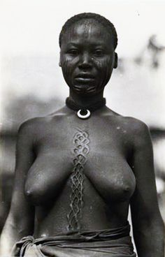 Africa | Sarra woman in French Equatorial Africa (now Gabon, the Republic of the Congo, the Central African Republic and Chad). | From the Casimir Zagourski African postcards, 1924-1941