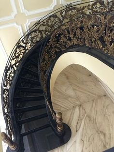 Heru : 081287812116 (WA)/ 089613988894 #pintu #pagar #gerbang #railing #balkon #tangga #tanggalayang #klasik #pagartempa #pagarklasik #besitempa #pagarrumah #rumahmewah #rumah #mewah #webfacebook #webstagram #trend #terbaru #pagarbesitempa #wroughtiron #fence # #staircase #populer