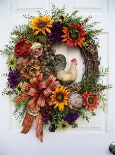 Timeless Tuscan Rooster Wreath by timelesshomedecor on Etsy Wreath Crafts, Diy Wreath, Wreath Ideas, Grapevine Wreath, Autumn Wreaths, Holiday Wreaths, Spring Wreaths, Deco Mesh Wreaths, Door Wreaths