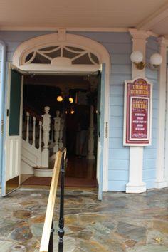 Disney Babies Blog: Diamond Horseshoe Revue. More stories on the Disney Bloggers Collection at http://disneybloggers.blogspot.com