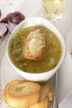 Tribù Golosa ci svela i segreti per preparare una perfetta soupe à loignon