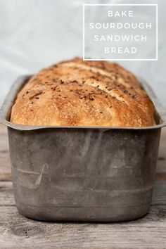 Sandwich bread doesn't have to be boring. In this sourdough sandwich bread recipe with whole wheat and spelt you will find lots of flavors. Sourdough Sandwich Bread Recipe, Sandwich Bread Recipes, Quick Sandwich, Easy Sourdough Bread Recipe, Best Homemade Bread Recipe, Dinner Bread, Cold Sandwiches, Breakfast Sandwiches, Artisan Bread
