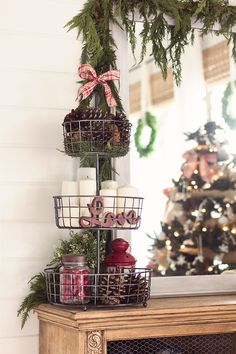 I could use the tree or vintage treat plate to do something like this.
