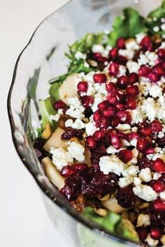 Pomegranate Pear Walnut Salad, beyond beautiful. #fresh #healthy