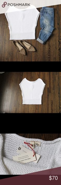 Anthropologie white sweater !! Anthropologie cropped riverwalk pullover in white size medium. NWT !! Great for cool weather and is extremely breathable so it's also good for warm!! Offers welcomed and please remember to comment all questions! Anthropologie Sweaters