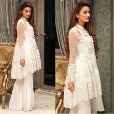 Latest Peplum Tops Designs And Short Frocks Collection Latest Pakistani Dresses, Pakistani Outfits, Indian Dresses, Indian Outfits, Eid Outfits, Pakistani Party Wear, Pakistani Bridal, Ethnic Fashion, Asian Fashion