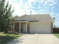 328 Quail Crossing Dr., Sanger, TX.  Very nice 2 story in peaceful Sanger!  3 Bedrooms, 2 Baths, 1596 SF