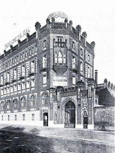 Durante la Guerra Civil, la Fábrica Gal muy cercana al frente de Moncloa y justo en frente de la Carcel Celular de Madrid, quedo bastante destrozada.