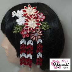 Presilha para cabelo - Kanzashi. Modelo Elora Nice, Japanese Hairstyle, Barrette, Pendants, Colors, Templates, Kanzashi Flowers, Princesses, Culture