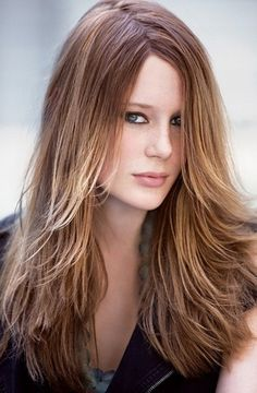 Haircut For Thin Hair : http://www.hairstylemakeup.com/best-layered-haircuts-thin-fine-hair.php | fezsezz