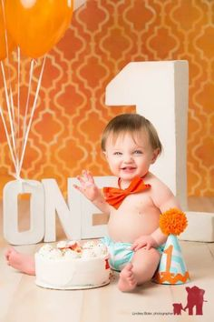 First birthday photography Baby Boy First Birthday, First Birthday Photos, Birthday Ideas, First Birthday Photography, 1st Birthday Photoshoot, Newborn Christmas, 1st Birthdays, Baby Pictures, Picture Ideas