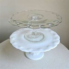 Indiana Glass tear drop vintage cake stands clear glass and milk glass Cake Pedestal, Vintage Cake Stands, Glass Cakes, Plate Stands, Indiana Glass, Cake Plates, Glass Collection, Glass Art, Clear Glass