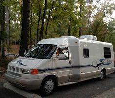 2004 Winnebago Rialta for sale by owner on RV Registry… Small Motorhomes, Class B Motorhomes, Rv Camping, Camping Ideas, Gas Money, Class B Rv, Used Rv, Camper Caravan, Volkswagen Bus