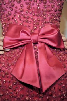 The Bow - the finishing touch!! (from zsa zsa bellagio)