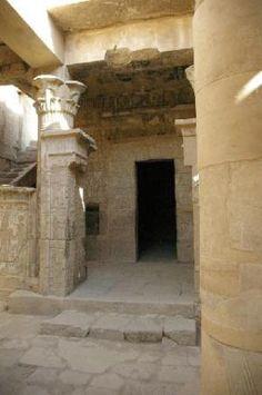 Deir-el-Medina,   Egypt