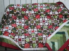Orca Bay quilt in green and red