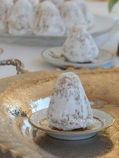 Food for Thought: Αμυγδαλωτά Greek Sweets, Greek Recipes, Food For Thought, Camembert Cheese, Panna Cotta, Food And Drink, Cookies, Ethnic Recipes, Health