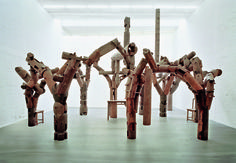 Ai Weiwei: Fragments, 2005 - Ironwood (tieli wood), table, chairs, parts of beams and pillars from dismantled temples of the Qing Dynasty 500 x 850 x 700 cm Ai Weiwei, Modern Artists, Contemporary Artists, Jasper Johns, Royal Academy Of Arts, Land Art, Chinese Art, Installation Art, Art Installations