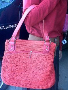 Kami menyediakan tasrajut, dompet rajut, ransel rajut, tasrajutan, dan tas wanita dengan motif yang terbaru.  Desain sangat elegan, cantik dan fungsional. Produk kami terbuat dari benang